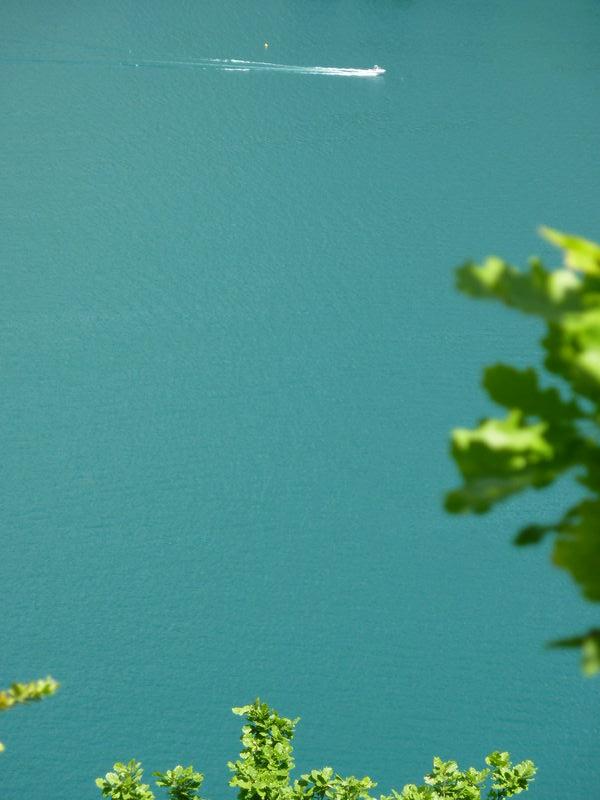 célèbre couleur du lac d'Annecy