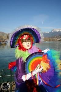 costume multicolore