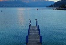 mouettes, ponton et lac d'Annecy